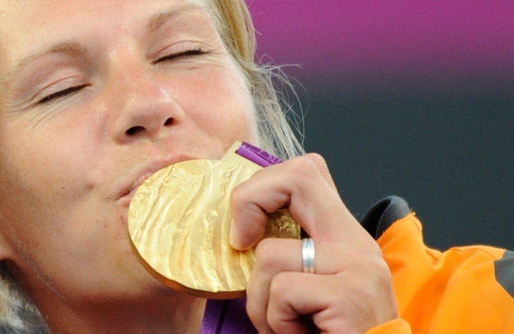medal_esther